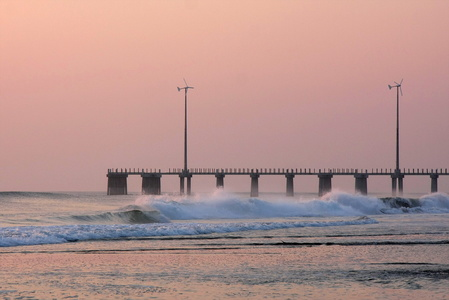 Jennette's Pier at Dawn