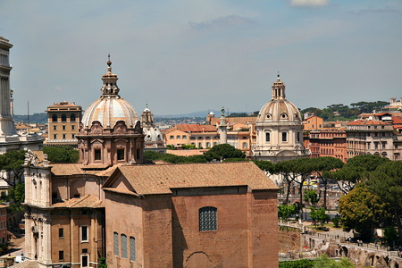 Skyline of Rome from Palatine