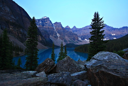 Moraine Lake and Rockpile