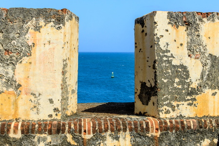 Buoy Through the Battlements